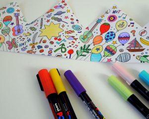 activite-enfant-coloriage-anniversaire-couronne-groseilles-poudrees
